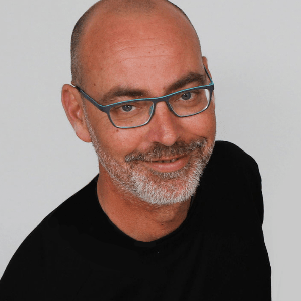 Alain_signature-intao